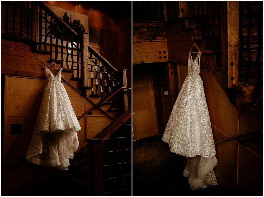 emily-matthew-delille-cellars-venue-seattle-wedding-photographer-007.jpg