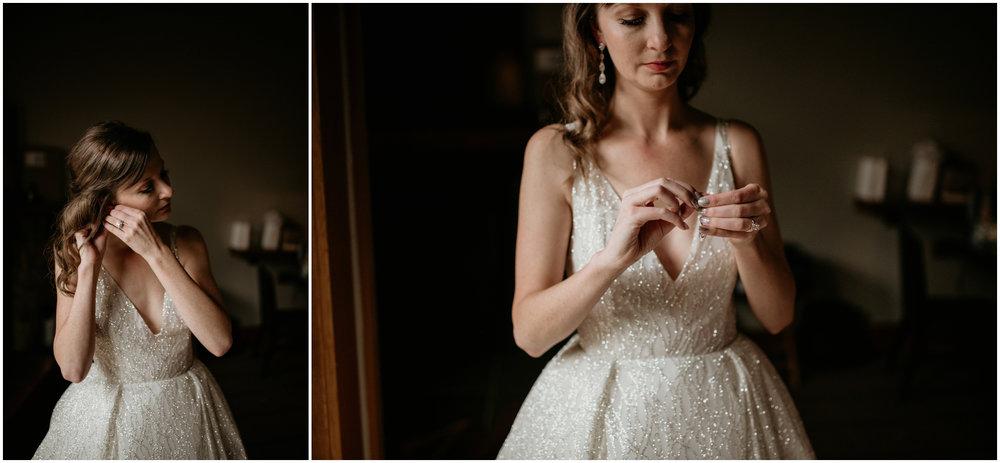 emily-matthew-delille-cellars-venue-seattle-wedding-photographer-020.jpg