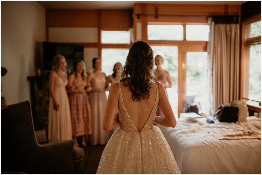 emily-matthew-delille-cellars-venue-seattle-wedding-photographer-024.jpg
