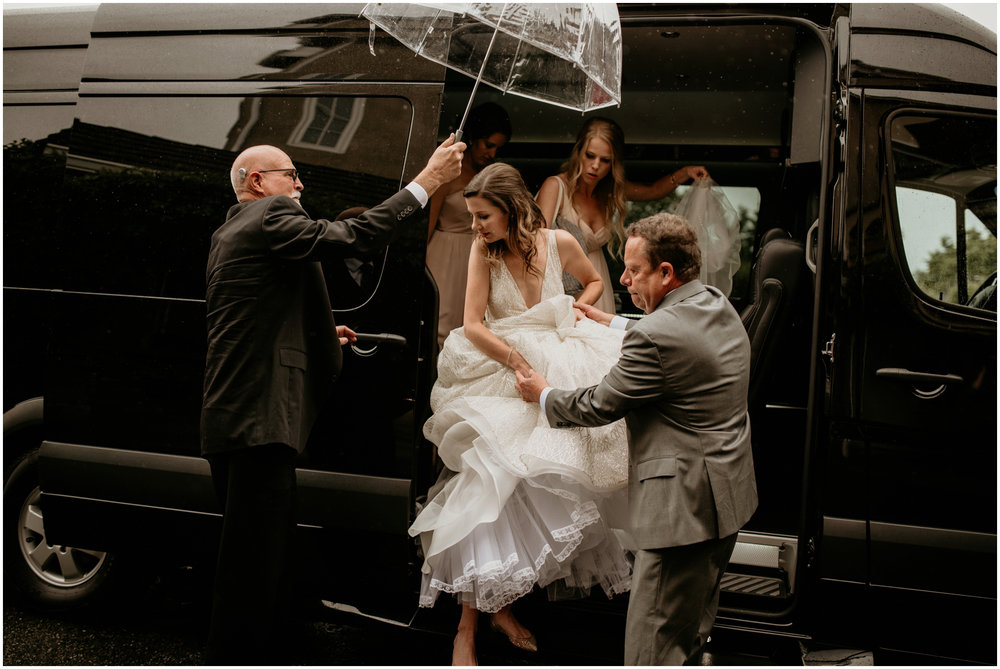 emily-matthew-delille-cellars-venue-seattle-wedding-photographer-037.jpg