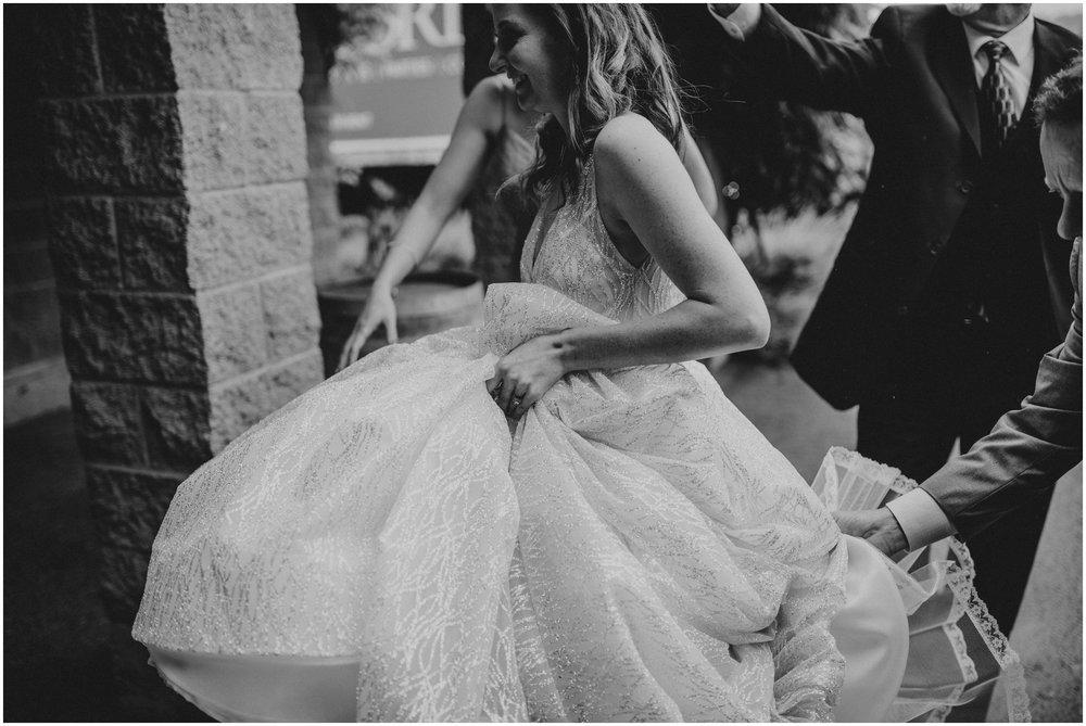 emily-matthew-delille-cellars-venue-seattle-wedding-photographer-038.jpg