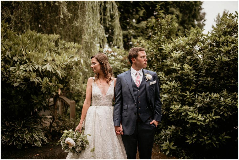 emily-matthew-delille-cellars-venue-seattle-wedding-photographer-088.jpg