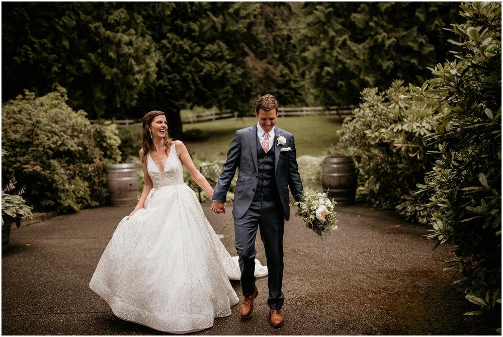 emily-matthew-delille-cellars-venue-seattle-wedding-photographer-090.jpg