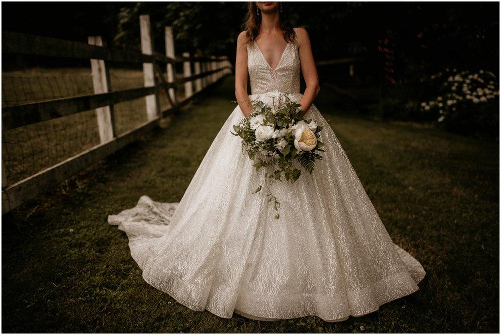 emily-matthew-delille-cellars-venue-seattle-wedding-photographer-097.jpg