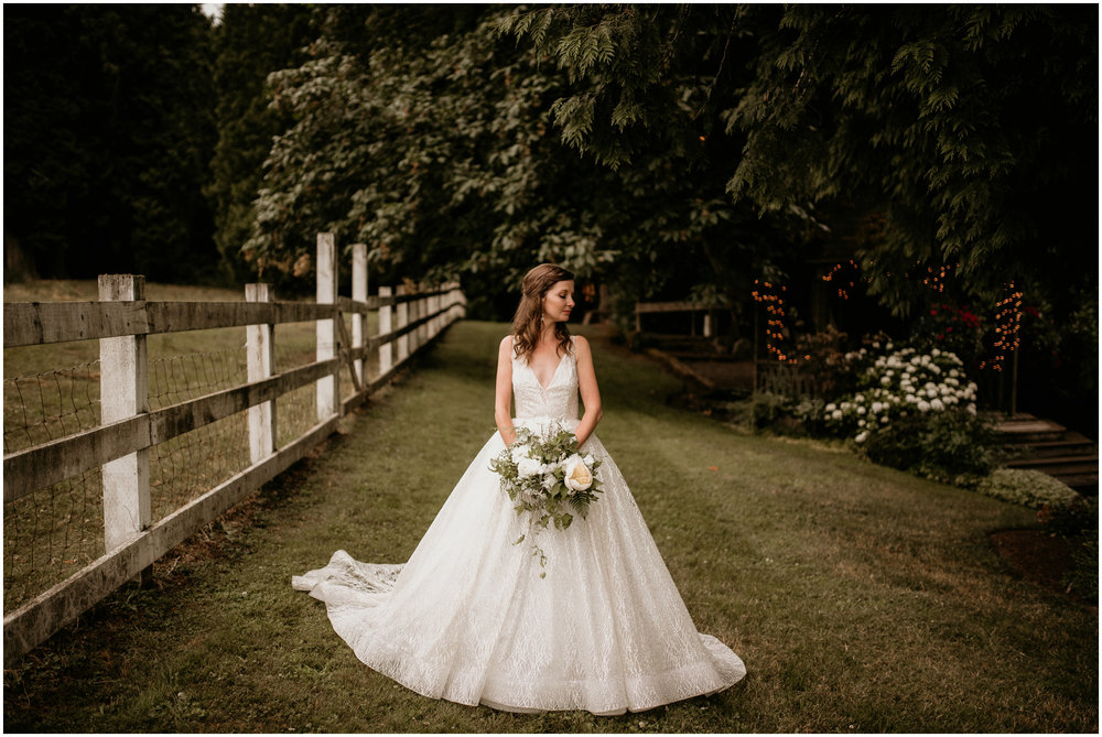 emily-matthew-delille-cellars-venue-seattle-wedding-photographer-098.jpg