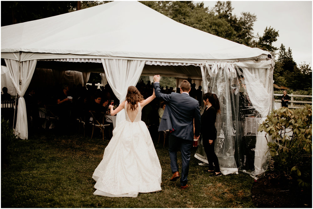 emily-matthew-delille-cellars-venue-seattle-wedding-photographer-104.jpg