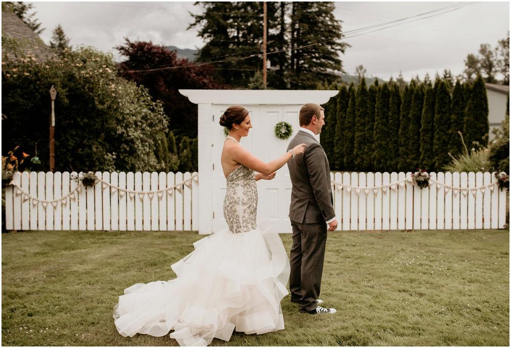 alex-and-matthew-three-cs-farm-venue-seattle-wedding-photographer-035.jpg