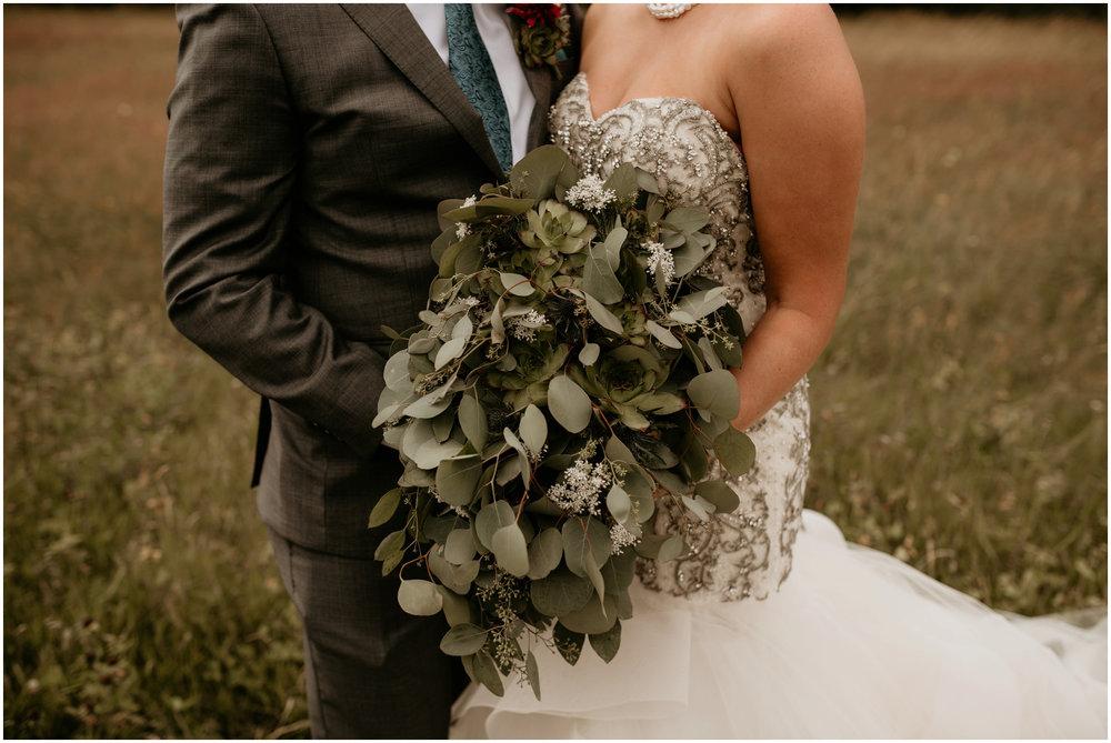 alex-and-matthew-three-cs-farm-venue-seattle-wedding-photographer-044.jpg