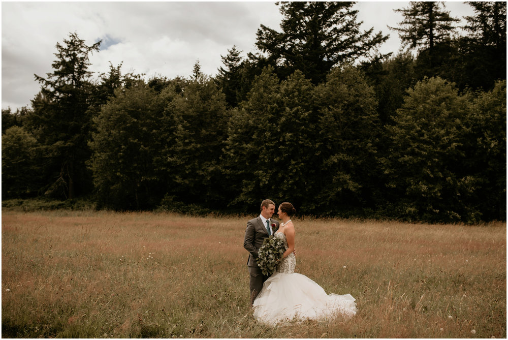 alex-and-matthew-three-cs-farm-venue-seattle-wedding-photographer-046.jpg