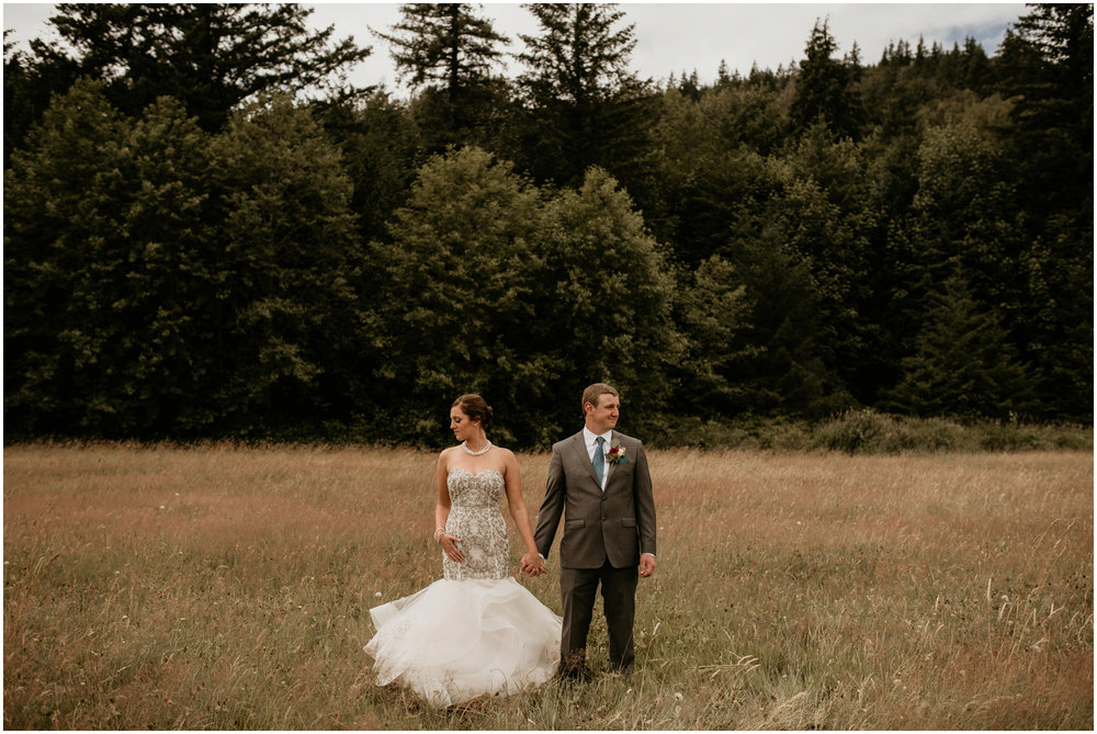 alex-and-matthew-three-cs-farm-venue-seattle-wedding-photographer-049.jpg