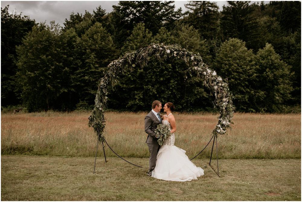 alex-and-matthew-three-cs-farm-venue-seattle-wedding-photographer-055.jpg