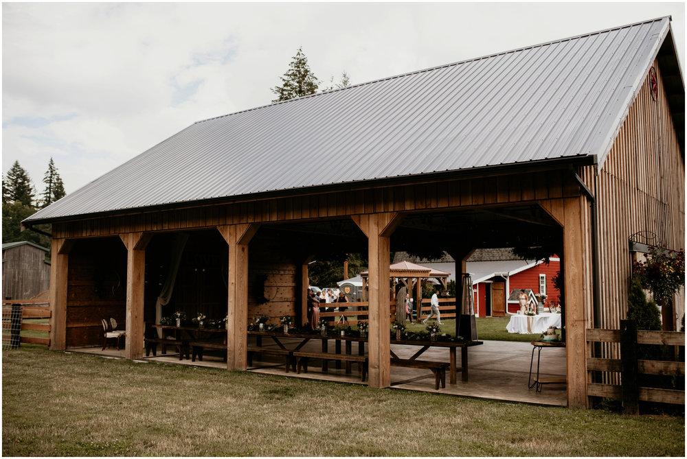 alex-and-matthew-three-cs-farm-venue-seattle-wedding-photographer-088.jpg