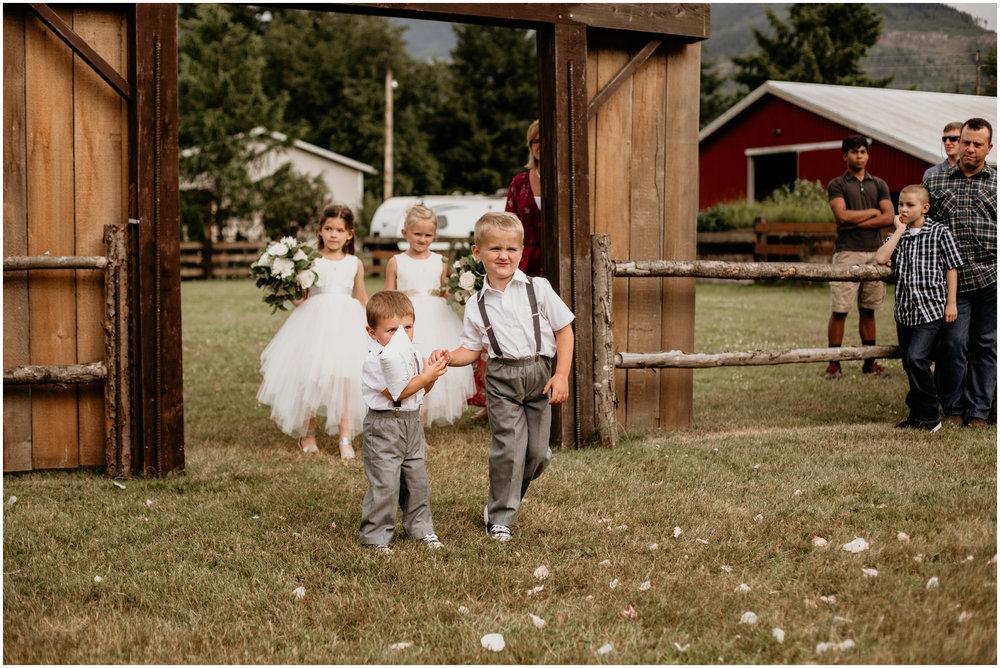 alex-and-matthew-three-cs-farm-venue-seattle-wedding-photographer-098.jpg