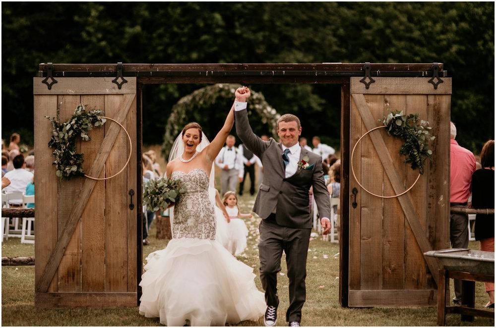 alex-and-matthew-three-cs-farm-venue-seattle-wedding-photographer-113.jpg