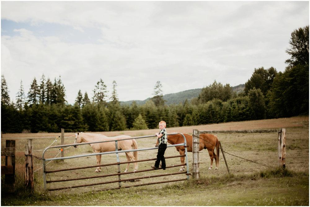 alex-and-matthew-three-cs-farm-venue-seattle-wedding-photographer-122.jpg