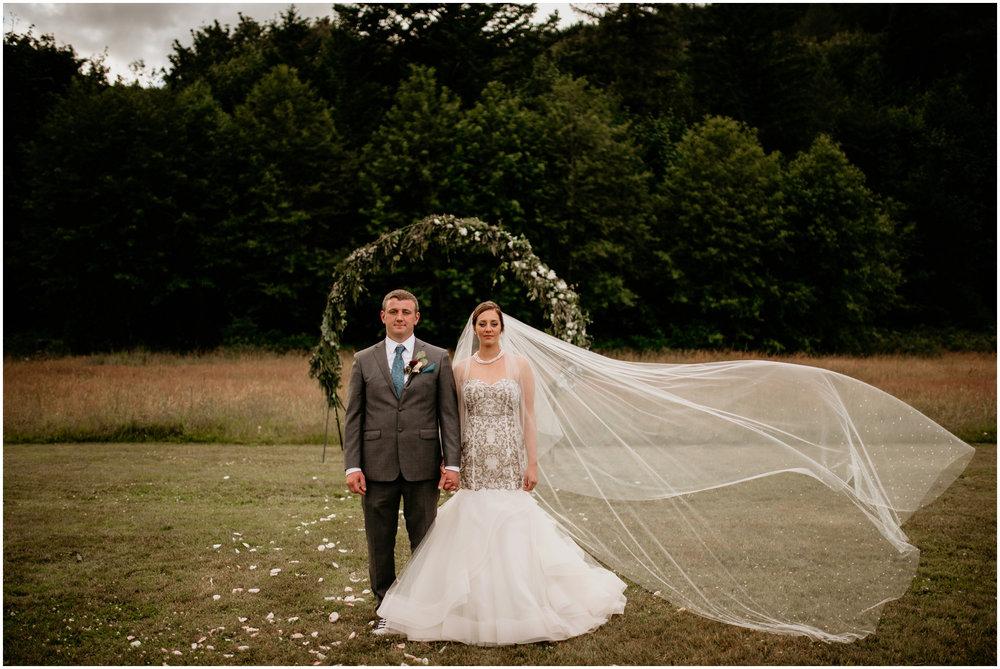 alex-and-matthew-three-cs-farm-venue-seattle-wedding-photographer-148.jpg