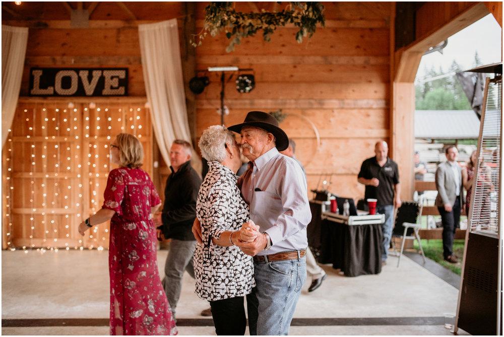alex-and-matthew-three-cs-farm-venue-seattle-wedding-photographer-165.jpg