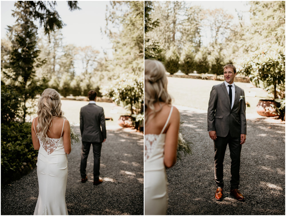 alicia-and-andy-green-gates-at-flowing-lake-seattle-wedding-photographer-028.jpg