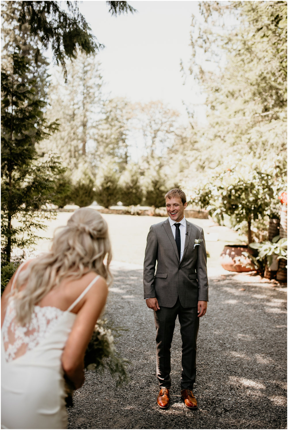 alicia-and-andy-green-gates-at-flowing-lake-seattle-wedding-photographer-029.jpg