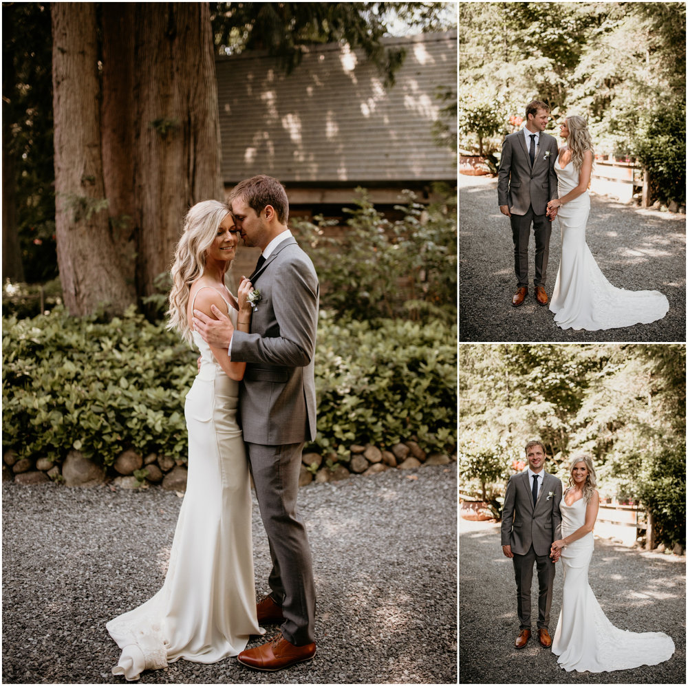 alicia-and-andy-green-gates-at-flowing-lake-seattle-wedding-photographer-039.jpg