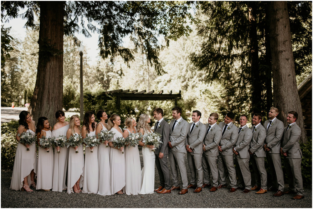 alicia-and-andy-green-gates-at-flowing-lake-seattle-wedding-photographer-040.jpg