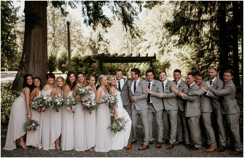 alicia-and-andy-green-gates-at-flowing-lake-seattle-wedding-photographer-041.jpg