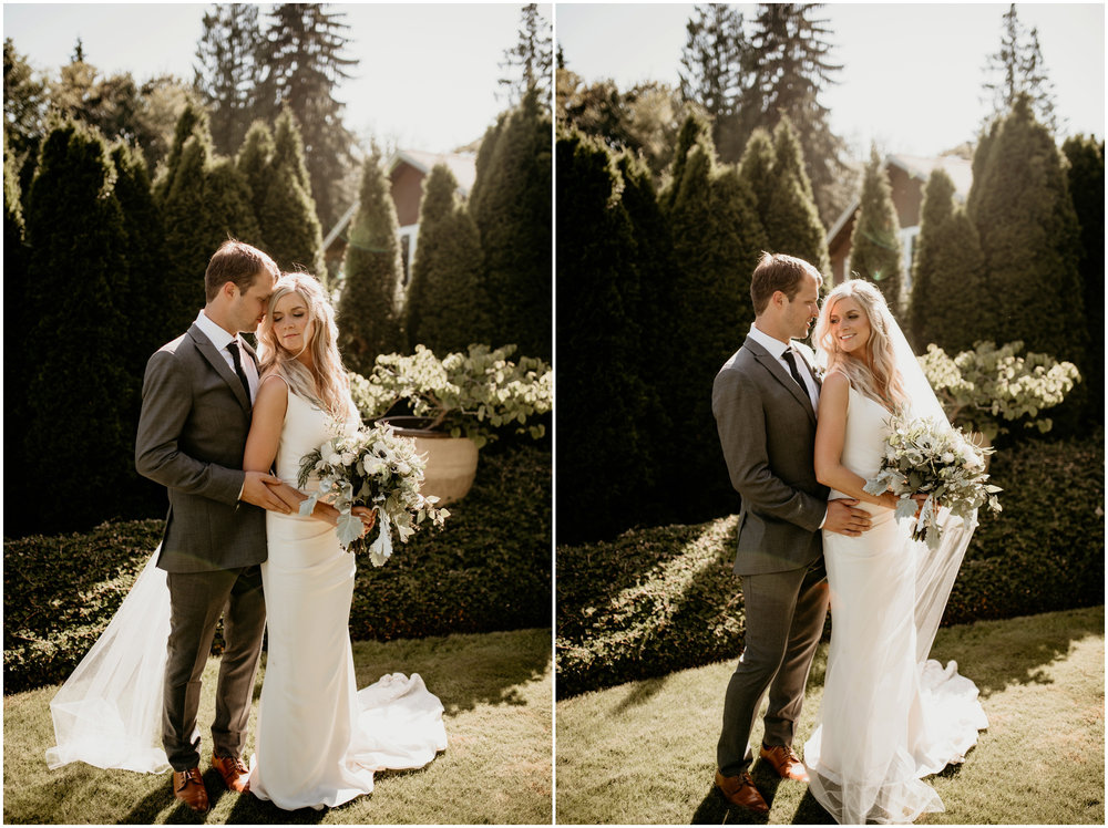 alicia-and-andy-green-gates-at-flowing-lake-seattle-wedding-photographer-082.jpg