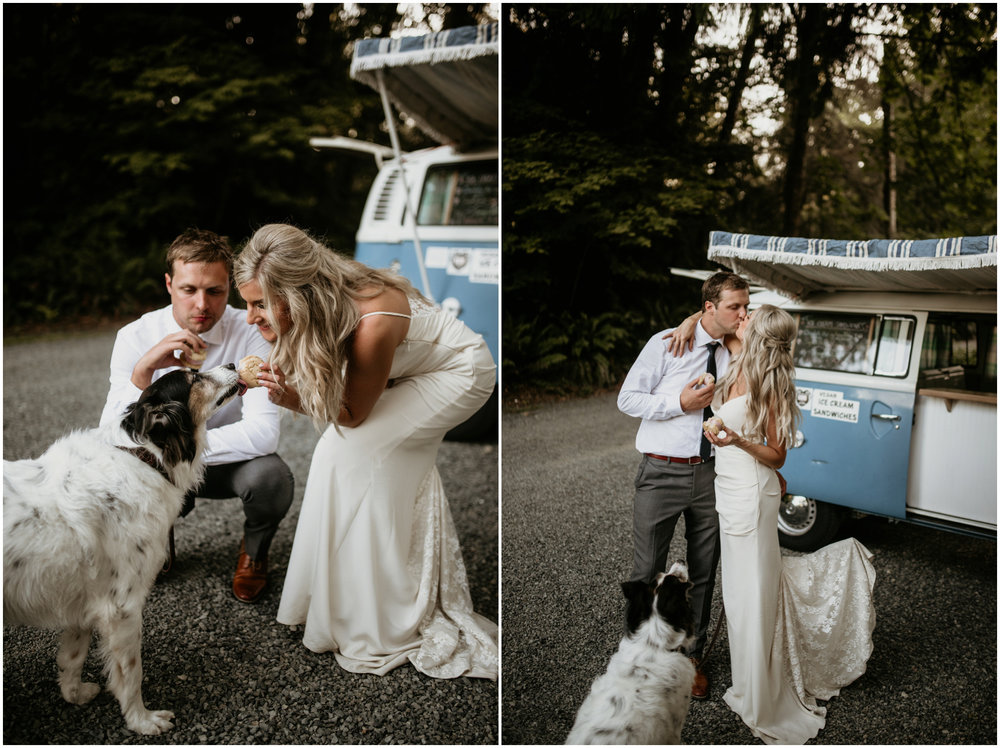 alicia-and-andy-green-gates-at-flowing-lake-seattle-wedding-photographer-132.jpg