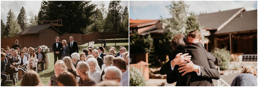 game-of-thrames-swifwater-cellars-seattle-wedding-photorapher-042.jpg