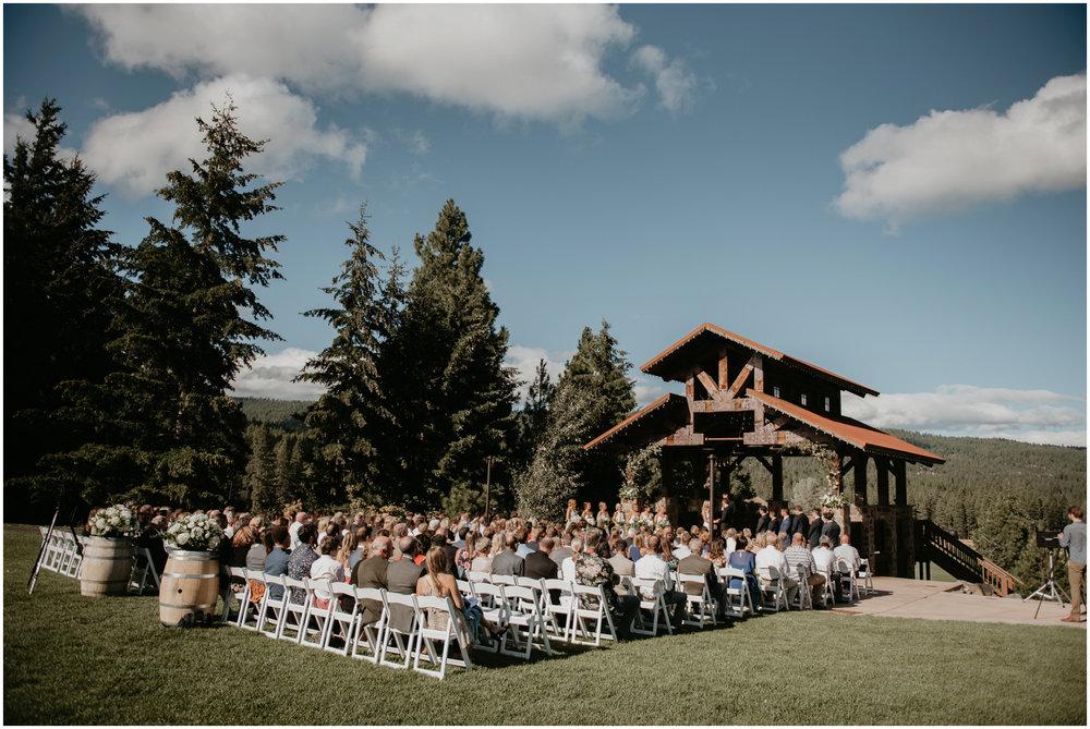 game-of-thrames-swifwater-cellars-seattle-wedding-photorapher-046.jpg