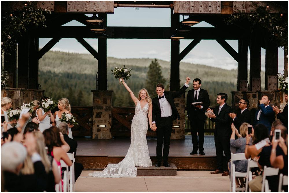 game-of-thrames-swifwater-cellars-seattle-wedding-photorapher-050.jpg