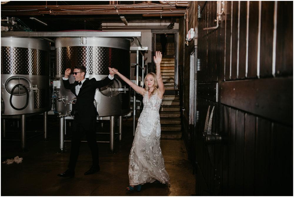 game-of-thrames-swifwater-cellars-seattle-wedding-photorapher-076.jpg