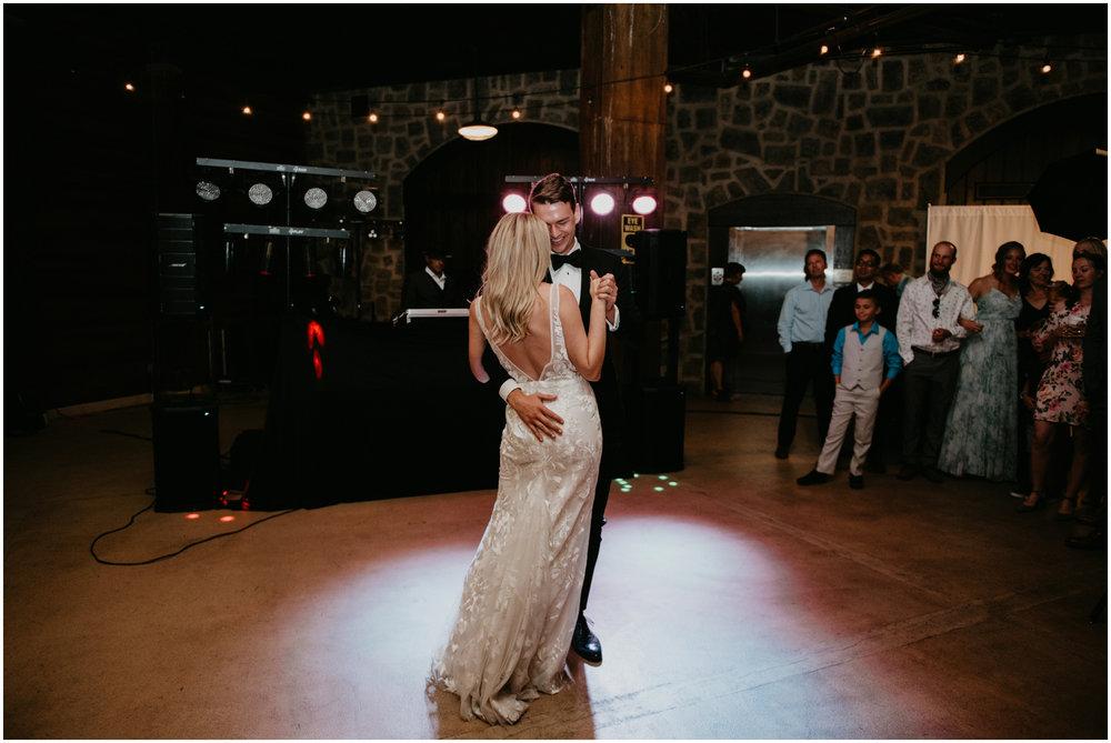 game-of-thrames-swifwater-cellars-seattle-wedding-photorapher-087.jpg