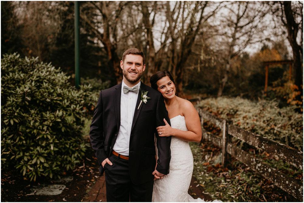 ashley-tj-the-pickering-barn-winter-wedding-seattle-photographer-031.jpg