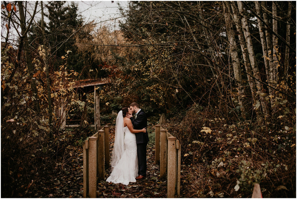 ashley-tj-the-pickering-barn-winter-wedding-seattle-photographer-050.jpg
