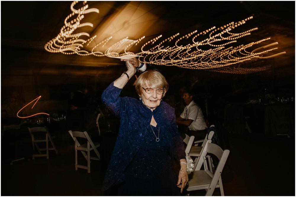 ashley-tj-the-pickering-barn-winter-wedding-seattle-photographer-099.jpg