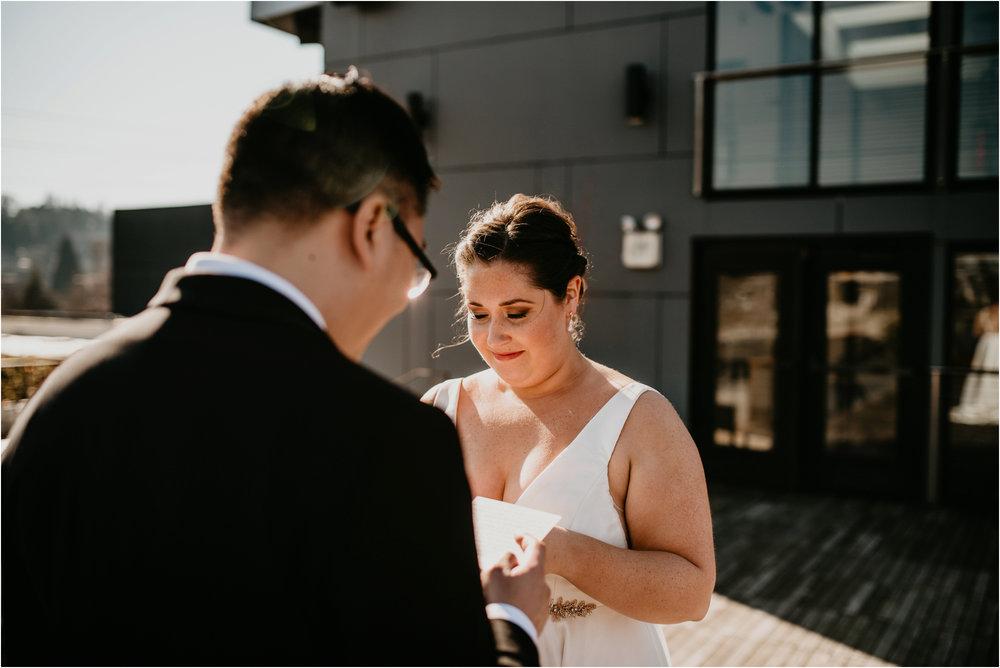 ashley-and-david-fremont-foundry-seattle-washington-wedding-photographer-035.jpg