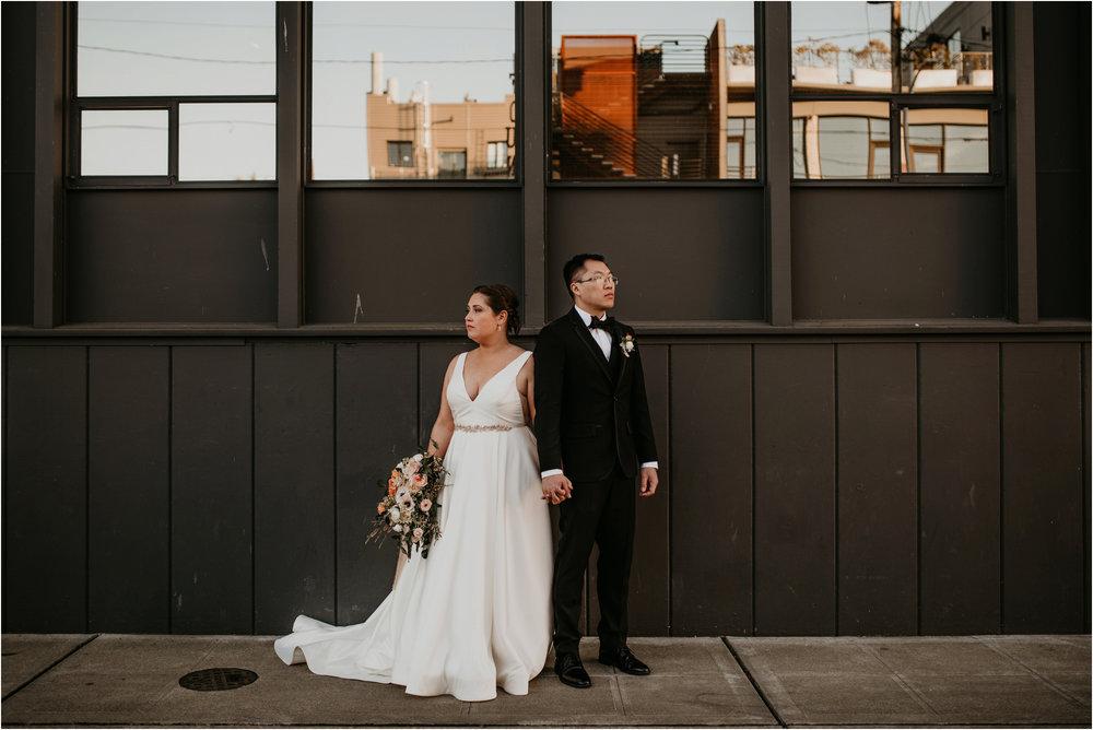 ashley-and-david-fremont-foundry-seattle-washington-wedding-photographer-082.jpg