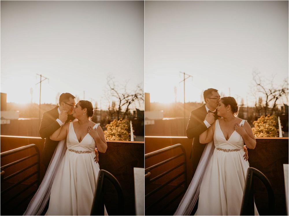 ashley-and-david-fremont-foundry-seattle-washington-wedding-photographer-090.jpg