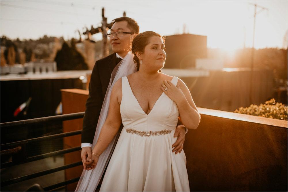 ashley-and-david-fremont-foundry-seattle-washington-wedding-photographer-091.jpg