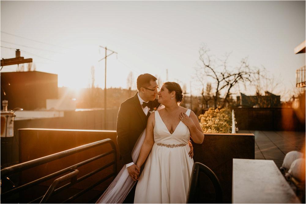 ashley-and-david-fremont-foundry-seattle-washington-wedding-photographer-092.jpg