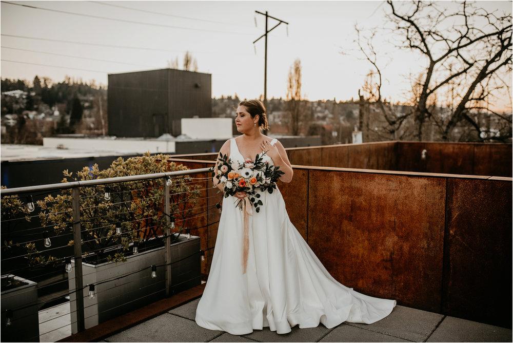 ashley-and-david-fremont-foundry-seattle-washington-wedding-photographer-099.jpg