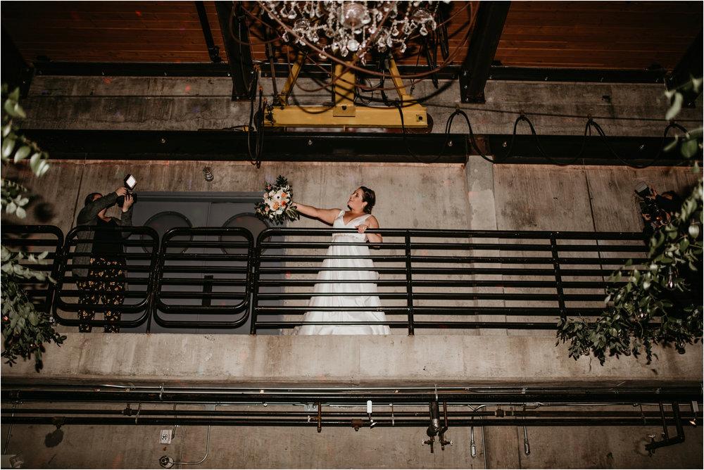 ashley-and-david-fremont-foundry-seattle-washington-wedding-photographer-144.jpg