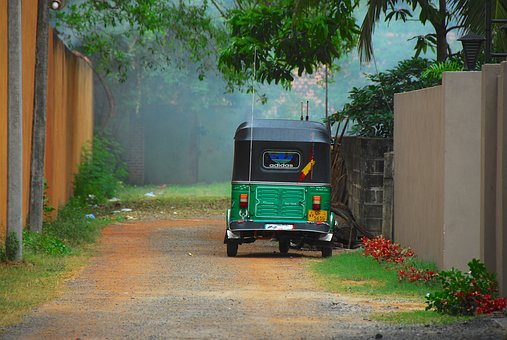 rickshaw-2509085__340.jpg