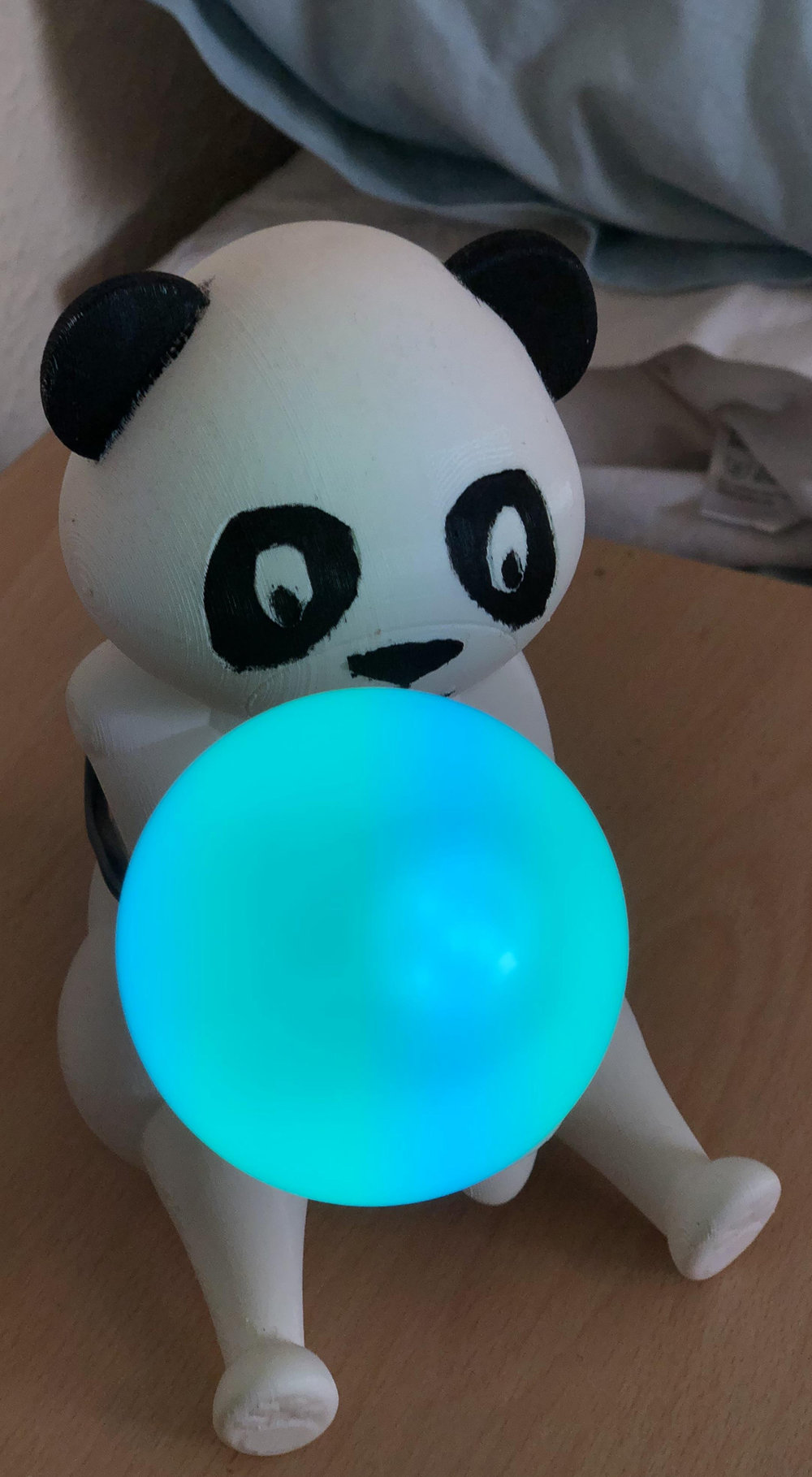White-Thomas_Panda-Mood-Light-by-Lekki_1.jpg