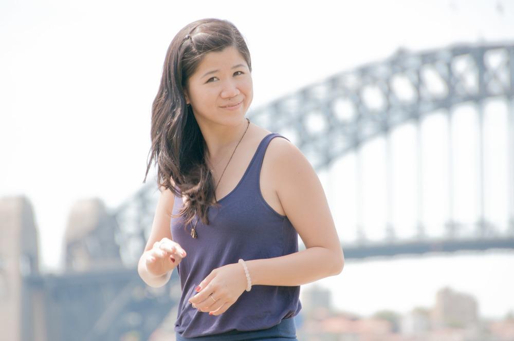 Julia Lioe -  Senior Prezi Designer