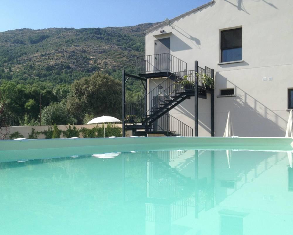 El Hotelito - piscina