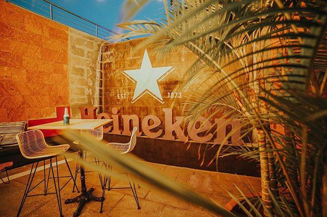 Diseño de espacios #Heineken para @chestermeloneras 📸 Kevin Figueras #incabe #chestermeloneras #chester #design #theoffice4design #nightclub #jungle #jungelowstyle