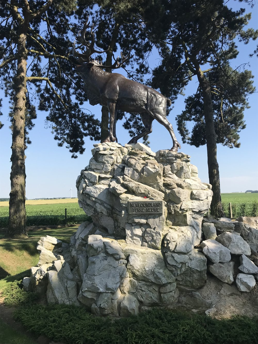 The bronze Caribou monument in Gueudecourt.