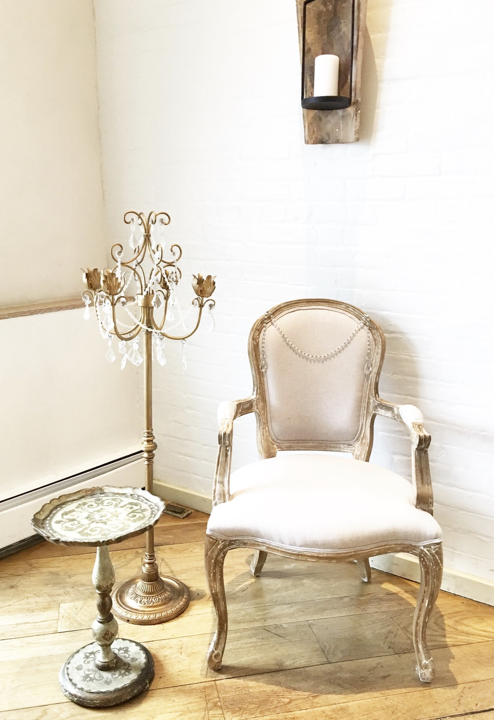 BRIDAL CHAIR with STANDING CANDELABRA